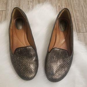 NWOT Clark's snake skin print flats loafers size 6